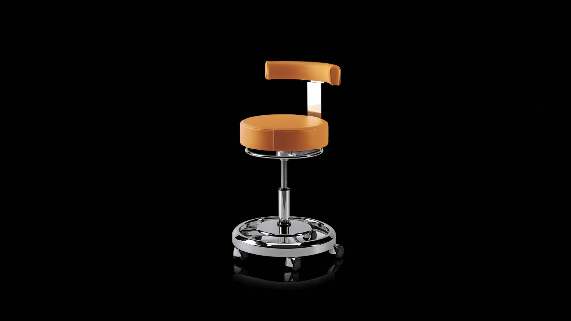 seggiolino arancione - orange stool